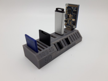 USB, SD and micro SD Card stand